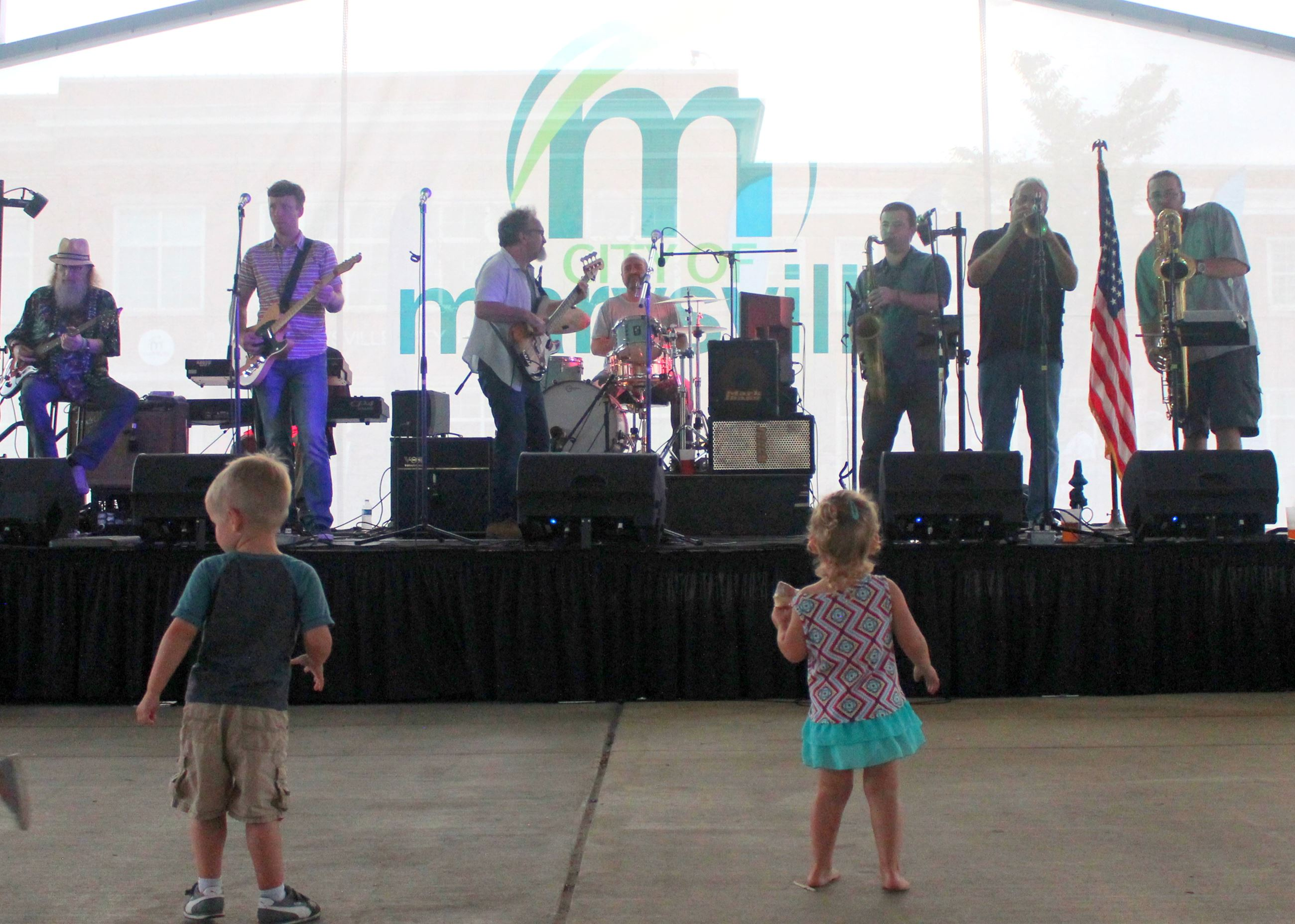 Photo of Hoodoo Soul Band on stage at the park pavilion