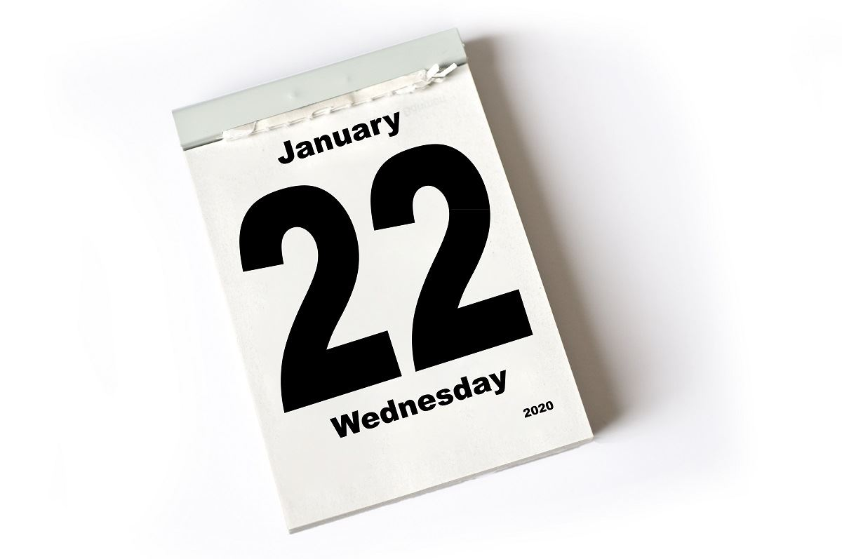 Image of 2020 desk calendar with Jan 22 displayed